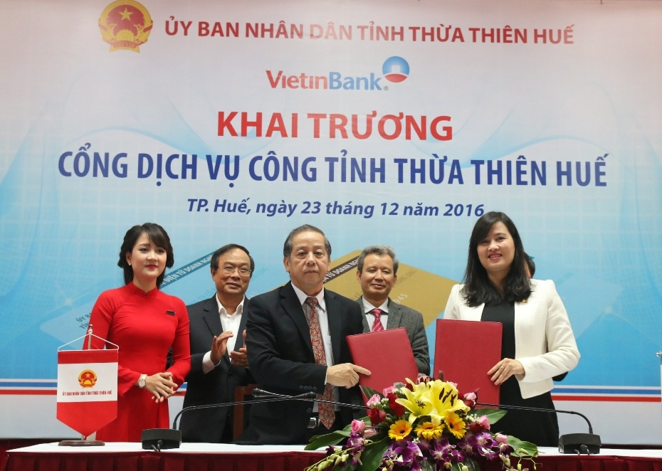 The Opening ceremony of the online public service portal in Thua Thien Hue Province